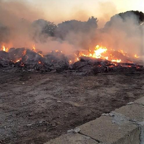 Partanna - incendio doloso di rifiuti cda Vallesecco