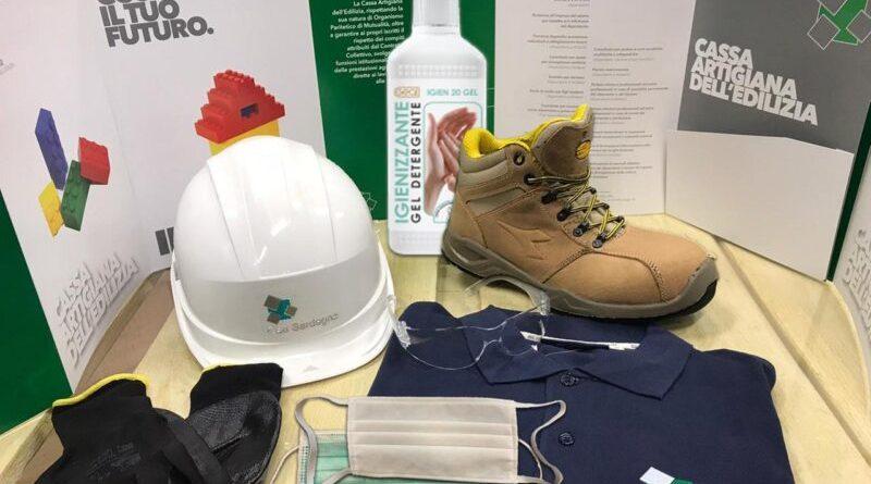 Tre cento kit con dispositivi di sicurezza personale per i braccianti agricoli