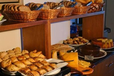 Café da Manhã - Pousada Campos de Provence
