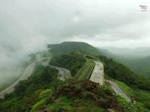 Travelling-around-Pune-mountains-lonavala-mumbai-pune-expressway