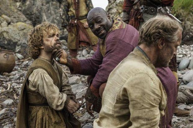 GOT506-Jorah-and-Tyrion-run-into-Pirates