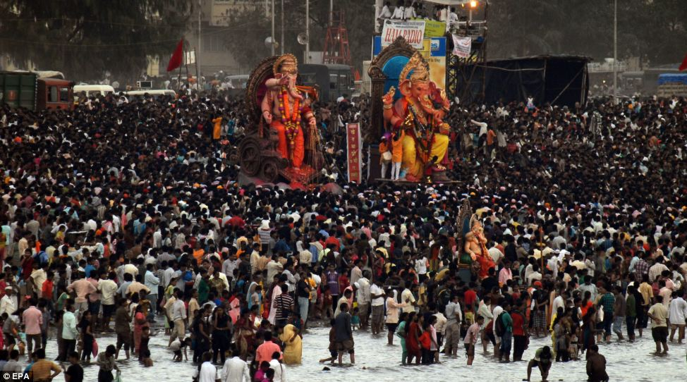 ganesh chaturthi celebrations in pune then vs now ganesh chaturthi celebrations pune