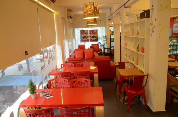cafe-peterdoughnuts-places-to-hangout-pune-aundh