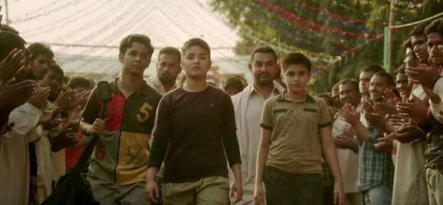 dangal-hd-movie-images-athlete-in-college