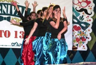 Gandhaar-2018-Girls-dancing