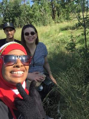 Glenn, Linda, and Rihanna on a Rim hike