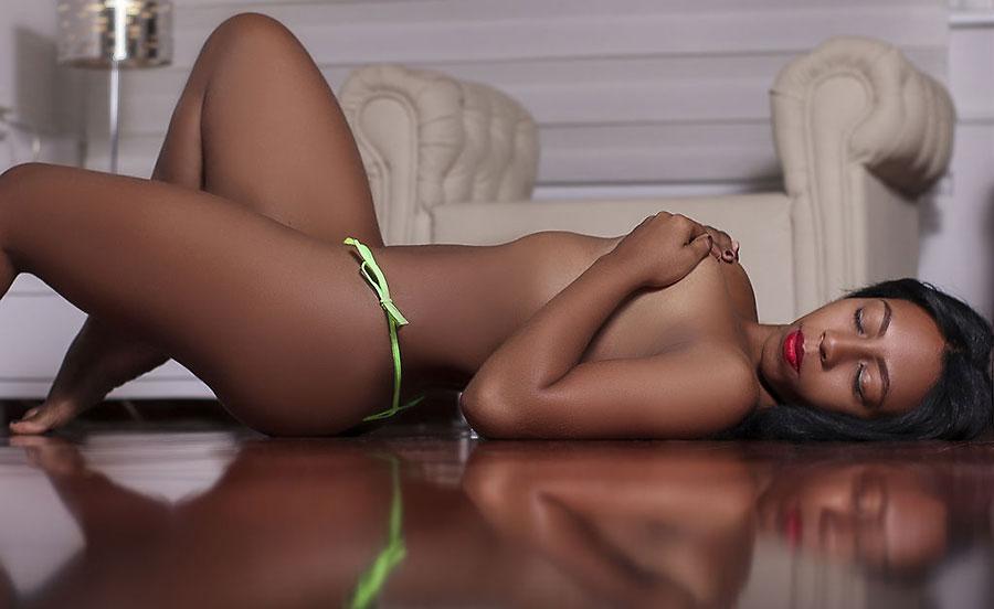 sexy booty camgirl nubian karoljewel