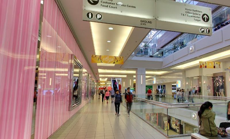Metropolis At Metrotown Hours Stores Shopping Burnaby