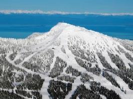 BC Mount Washington Snow