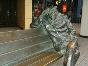 Glen Gould statue © Lucy Izon