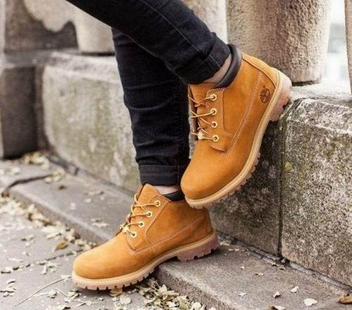 Timberland Nellie女士大黃靴 74.89加元(6碼)。原價 155.9加元。包郵_加拿大打折網