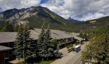 Banff Park Lodge - Canadian Affair