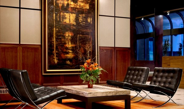 International Hotel Calgary - Canadian Affair
