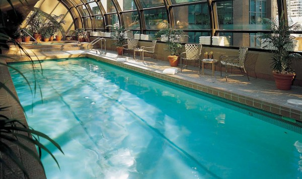 Metropolitan Hotel Vancouver - Canadian Affair