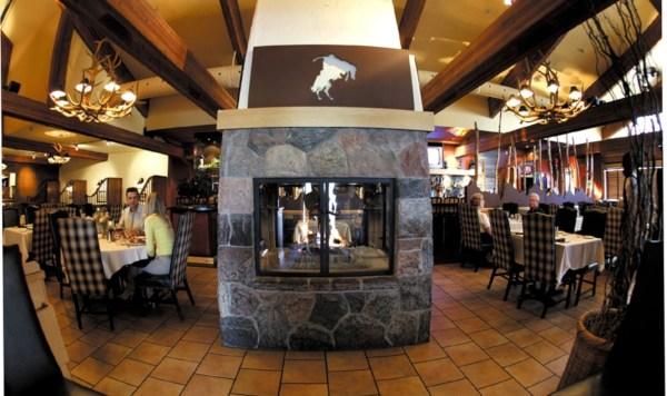 Falls Hotel And Inn - Niagara Canadian Affair