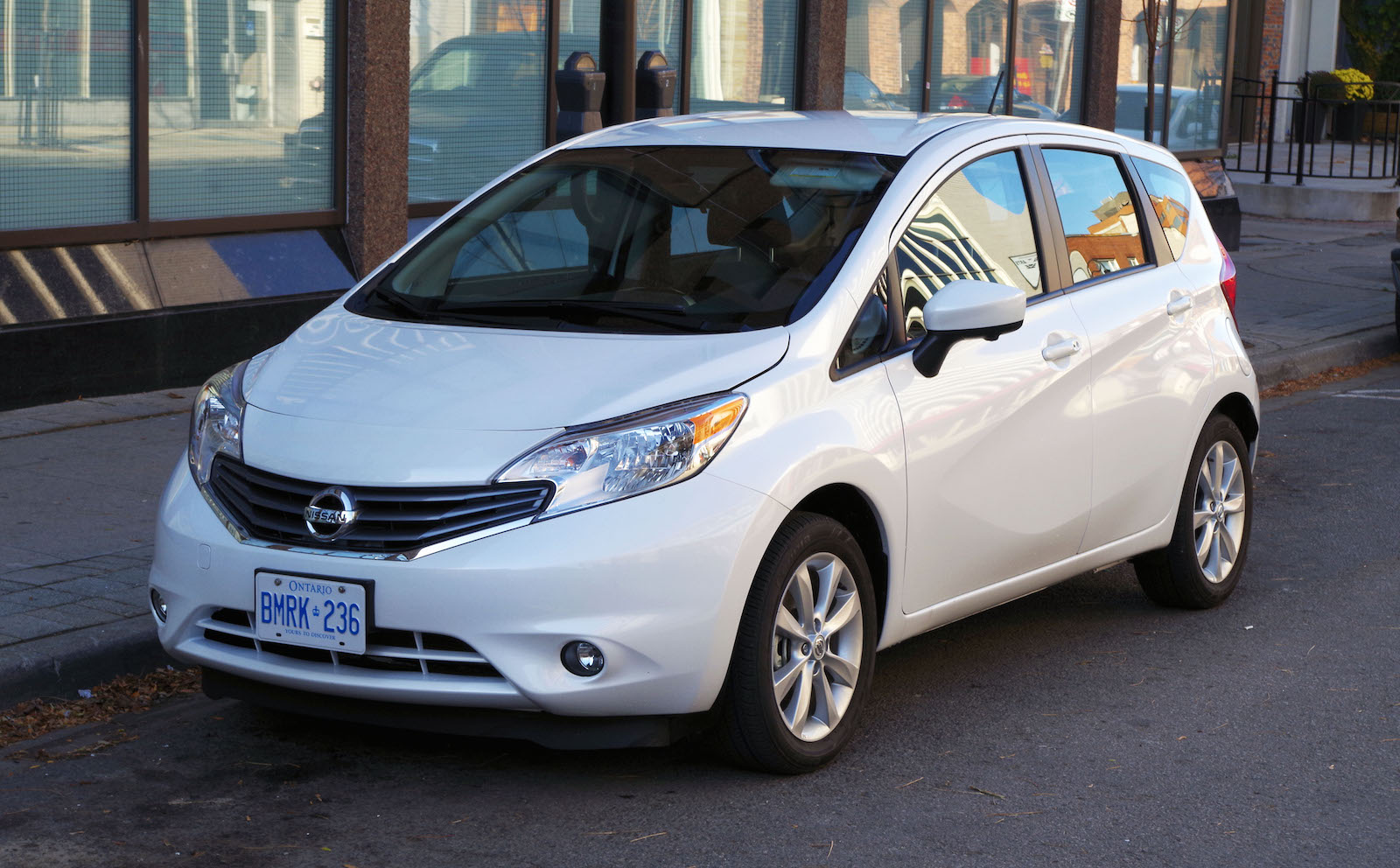 2016 nissan versa note radio wiring diagram typical house electrical review sl canadian auto