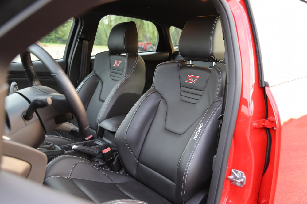medium resolution of ford focus st recaro front seats subaru brz manual