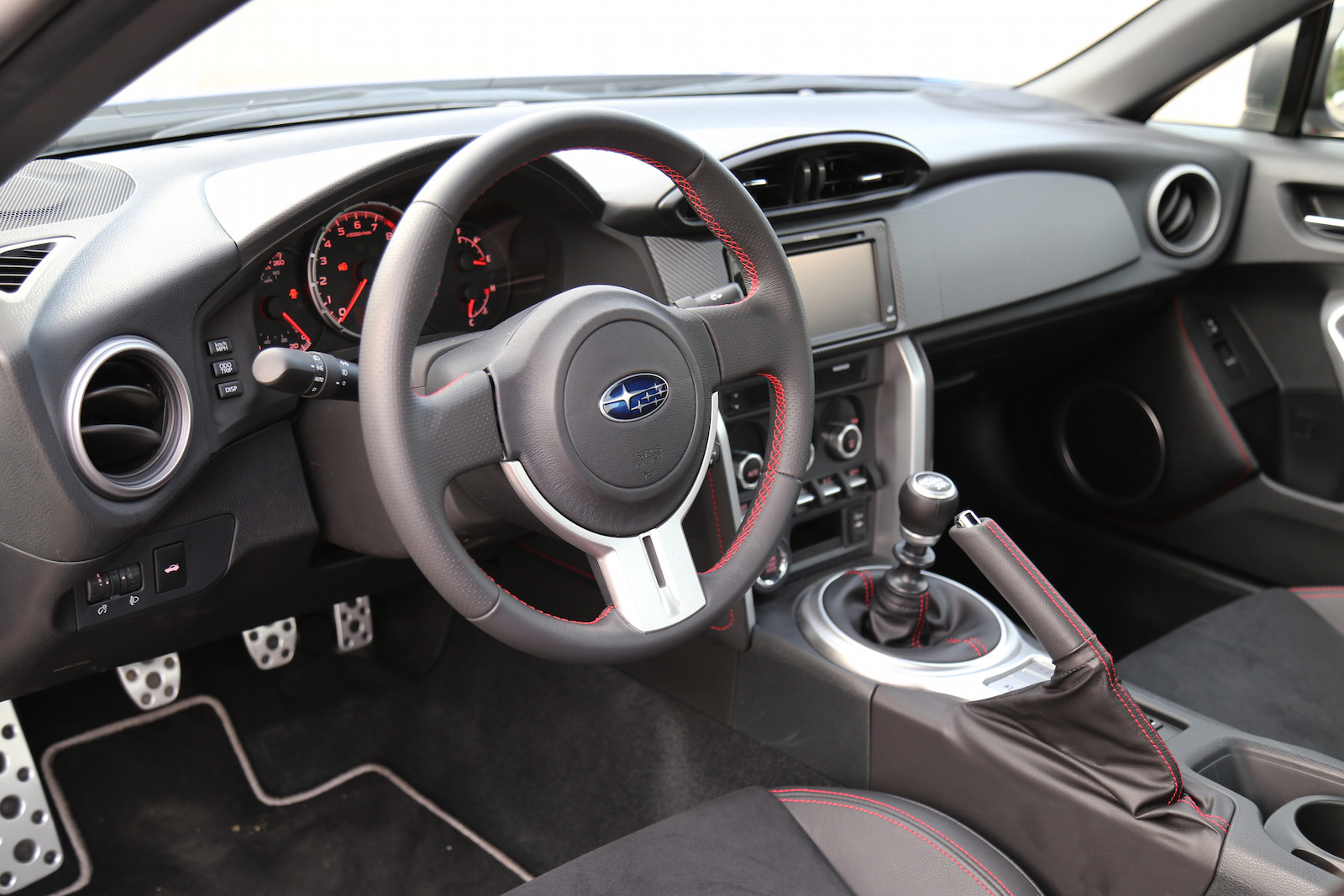 hight resolution of  subaru brz interior