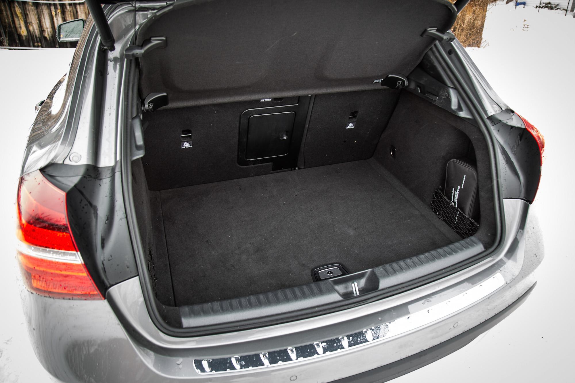 Review 2018 MercedesBenz GLA 250 4MATIC  Canadian Auto