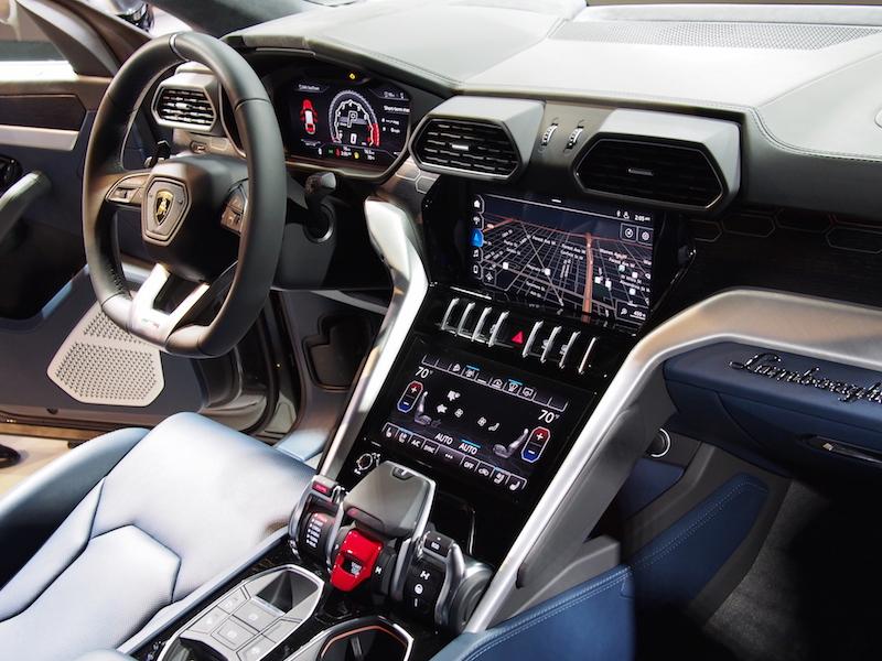First Look 2019 Lamborghini Urus Canadian Auto Review