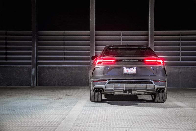 Track Car Wallpaper First Look 2019 Lamborghini Urus Canadian Auto Review