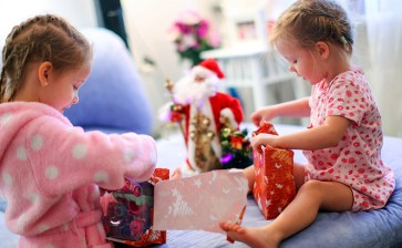 Top 23 Gifts for Canadian Kids – 2019