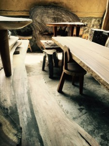 canadian-green-design-live-edge-table-4