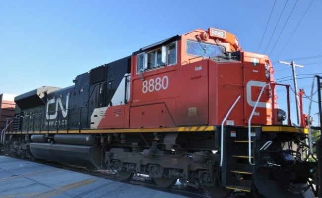 Cn Rail Mechanics Ratify Four Year Contract With 11 Per