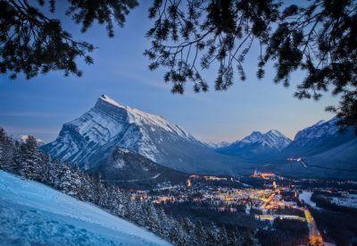 Jasper-Banff-Lake Louise-Calgary Shuttle