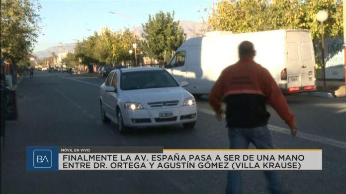 Confusión y desconocimiento por el cambio de sentido de avenida España, Periódico San Juan