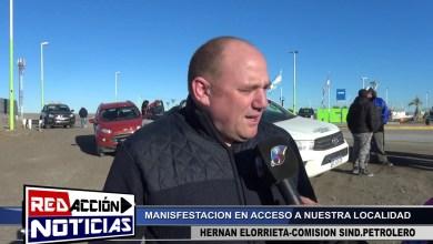 Photo of Redacción Noticias    MANIFESTACIÓN PACIFICA DE PETROLEROS – LAS HERAS SANTA CRUZ