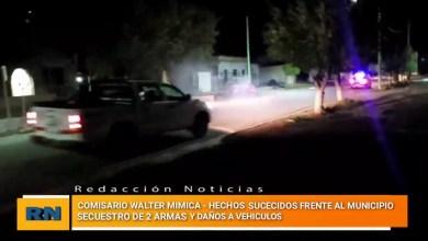 Photo of Redacción Noticias |  Walter Mimica . Hechos sucedidos frente al municipio – Secuestro de dos armas y autos destrozados
