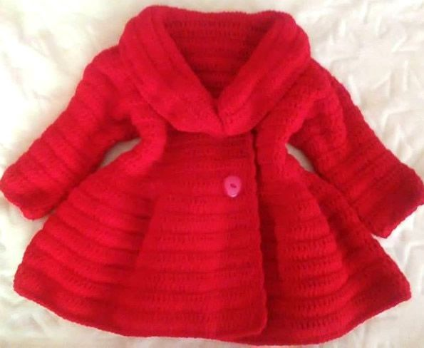 Abrigo para niña tejido a crochet