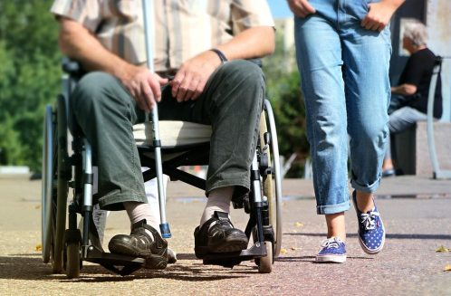 Falsi invalidi, 7 misure cautelari e 73 indagati: tutti i nomi