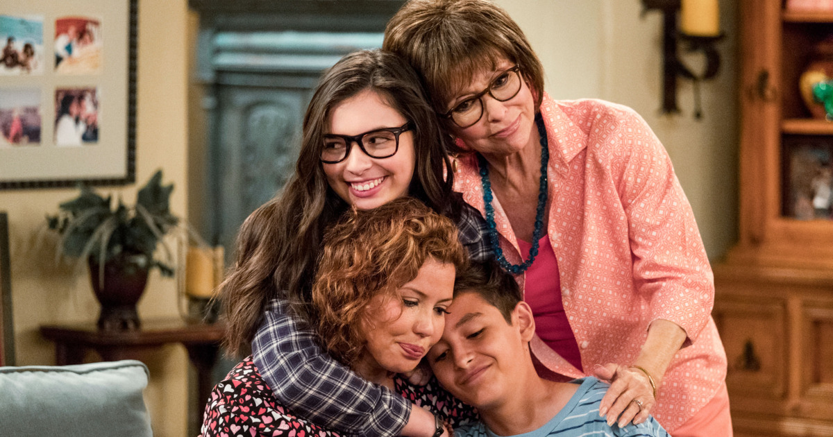 ¡La familia Álvarez regresa! ¡Pongan play al tráiler de la cuarta temporada de One Day at a Time!