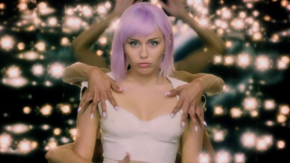 La trastienda de cómo Miley Cyrus llegó a Black Mirror