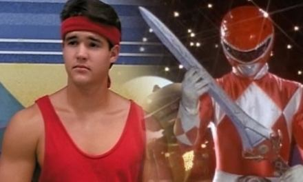 ¡Morfosis amigos! ¡Jason regresa para un episodio especial de Power Rangers: Beast Morphers!