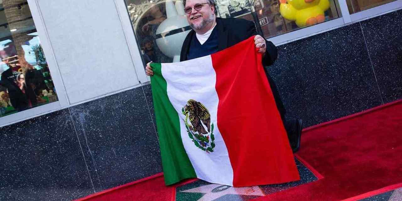 Mexicano, inmigrante, raro y orgulloso: Guillermo del Toro recibe su estrella en Hollywood