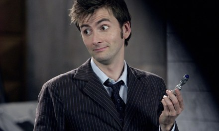 David Tennant se sube de nuevo a la TARDIS en este corto animado de Doctor Who