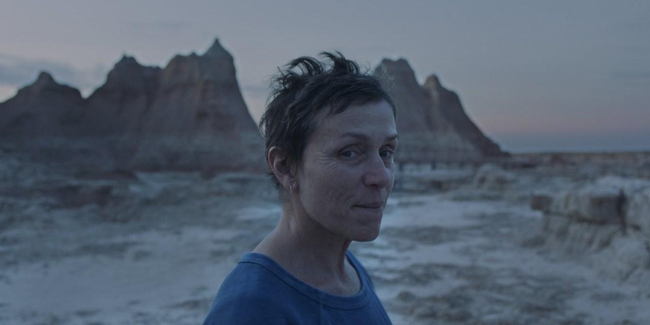 [Reseña] «Nomadland»: Un íntimo viaje con Frances McDormand