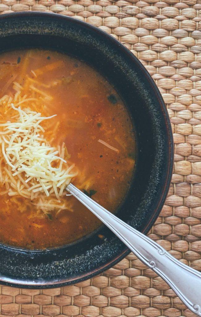 RECETAS PARA FRENAR LA CURVA: La sopa minestrone