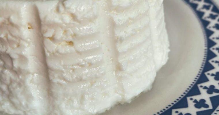 RECETAS PARA FRENAR LA CURVA: El queso fresco