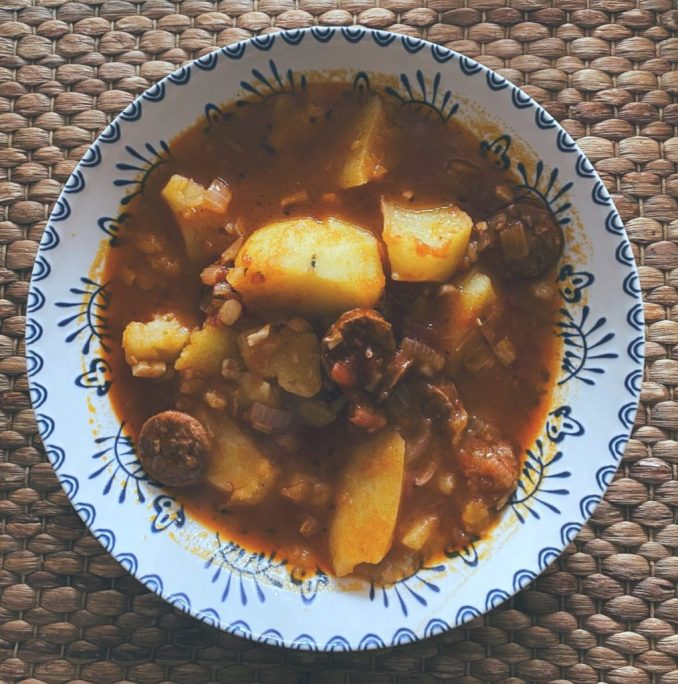 Las patatas con chorizo