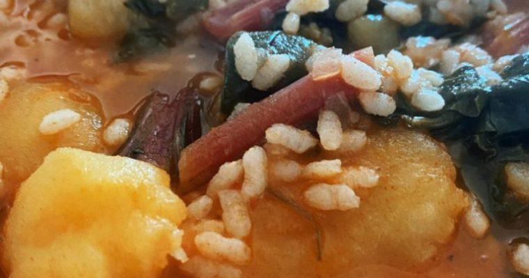 La acelga roja con patatas y arroz