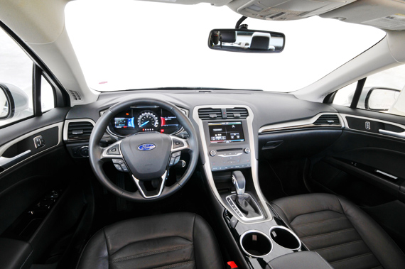 ford_fusion_2013_ft05