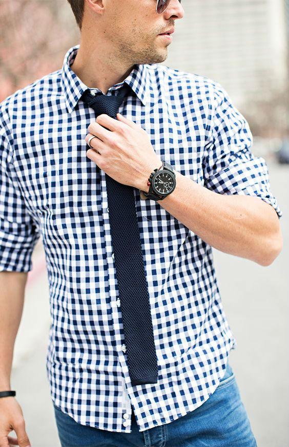 camisa-por-fora-calca-com-gravata-01