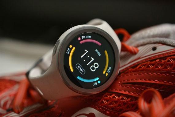 Moto 360 Sport - Motorola