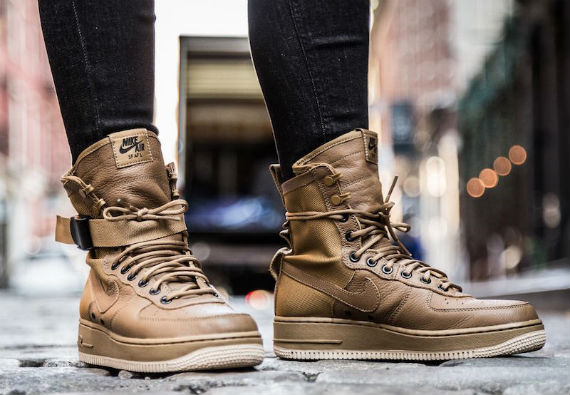 special-field-nike-air-force-1-13