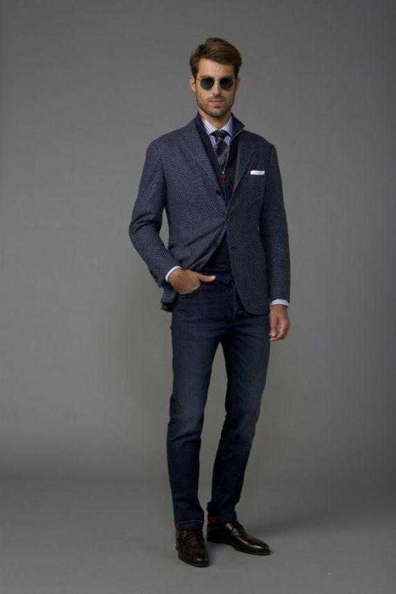 Lookbook da Kiton Mostra Como se Vestir com Estilo
