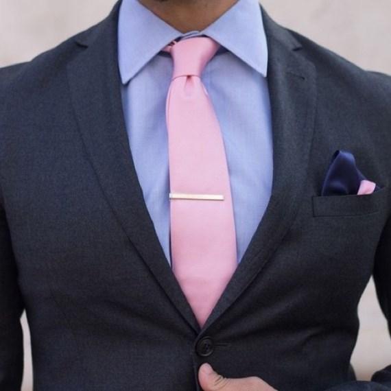 Como Usar Rosa em Looks Masculinos